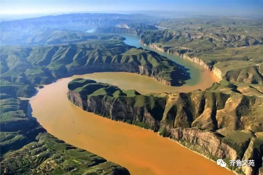 一条河.jpg