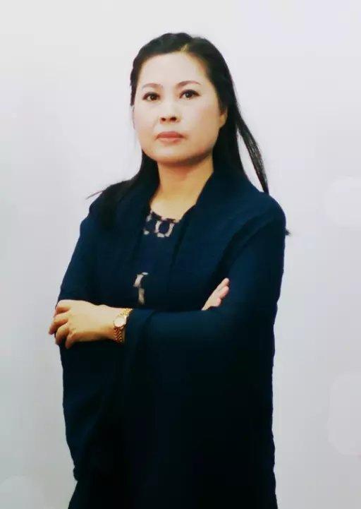 天津诗人刘荷花生活照片